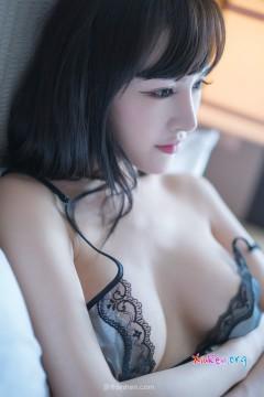 [Rayshen] 蕾丝内衣模特喷血圆润乳房