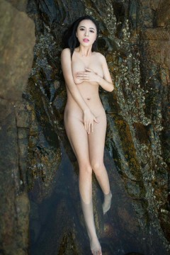[TuiGirl] 推女郎特刊 巨乳丰满外围模特黄可微店私密商务写真 10P