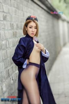 AISS爱丝5027 长腿迷人丝袜算卦美女热辣街头引围观 58P