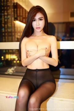 [秀人网XiuRen] N00499 时髦网红婊李李七七喜喜黑丝无内激情室内私密写真 63P