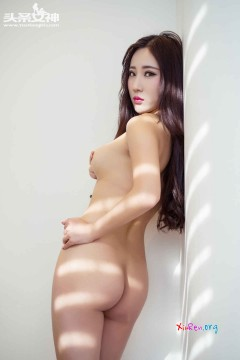 [头条女神] 傲娇公主苏子琪养眼真空玉体香艳写真私房 42P