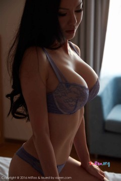 [MiiTao蜜桃社] Vol.031 爆乳温婉御姐Suki圆润双峰诱惑肉体比基尼私拍写真 70P