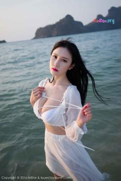[FEILIN嗲囡囡] 傲娇大波囡囡于姬Una海滩喷血双峰美艳写真内衣视频