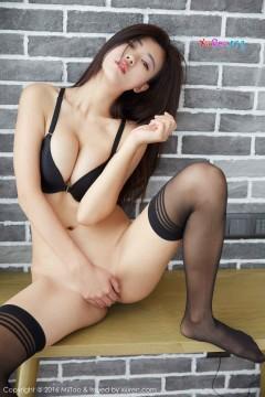 [MiiTao蜜桃社] Vol.036 风情大波娘雪飞情趣内衣黑丝魅力平面写真照 50P