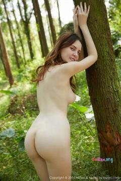 [MiiTao蜜桃社] Vol.035 雪白乳房外籍模特Rola静谧优美裸体艺术习作 50P