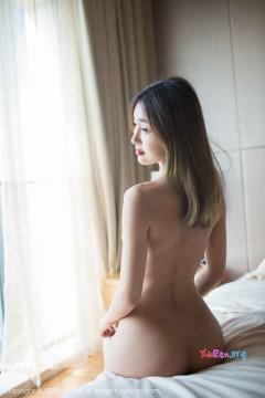 [LeYuan] Vol.004 热情居家大小姐Doobi真空蕾丝连体内衣羞涩商务美照 52P