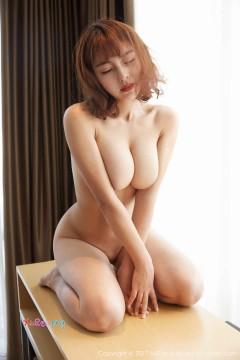 [MiiTao蜜桃社] Vol.046 安静居家少妇沁馨养眼柔软爆乳火辣裸体艺术私房写真 50P