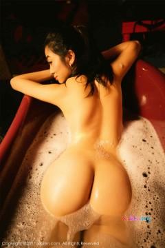 [秀人网XiuRen] N00719 婀娜激情熟女语溪迷人肉鲍小缝艺术国模私房 54P