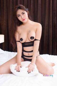 [YouWu] VOL.051 红润人体模特FoxYini孟狐狸肥硕双峰激情室内情趣写真 54P
