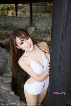 [MiStar魅妍社] 第171期 开朗新潮粉嫩美女王曼妮酒店美艳比基尼外拍 55P