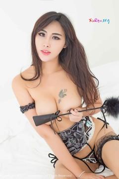 [秀人网XiuRen] N00793 妖魅风情御姐FoxYini孟狐狸热辣大胆成人内衣私房写真 49P