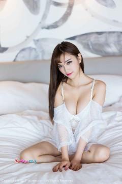 [秀人网XiuRen] N00819 鲜嫩气质辣模杨晨晨sugar纯白内衣勾魂艺术私拍 50P