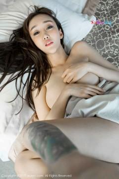 [秀人网XiuRen] N00821 年轻热辣外围顾灿酒店死库水激情走光火爆高清写真 50P