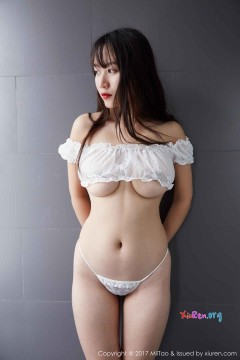 [MiiTao蜜桃社] Vol.087 闷骚丰满少妇雯丽窒息雪白肉臀喷血香艳浴室写真 61P