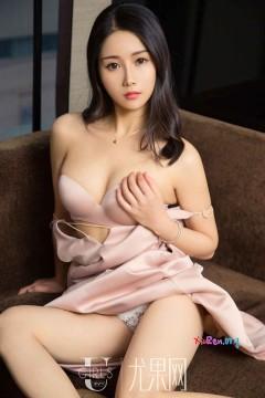 [ugirls_尤果网] 温婉气质邻家尤物赵颖儿清新治愈内衣美艳私房 65P