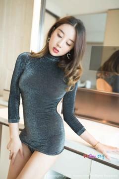 [秀人网XiuRen] N01070 新潮长腿模特筱慧icon紧身包臀齐b短裙美艳酒店私拍 40P