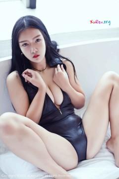[秀人网XiuRen] N01087 冷艳红唇野性女模凌希儿喷血激情露骨泳衣养眼极品私拍 46P