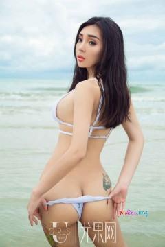 [ugirls_尤果网] 浓艳高挑东北大妞尤菲儿秀美比基尼泳装海滩清凉外拍 65P