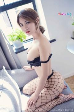 [秀人网XiuRen] N01166 大波甜心久久Aimee极品美艳渔网袜惹火内衣写真 47P