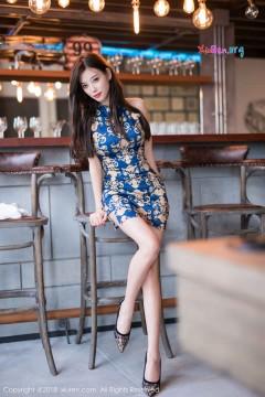 [秀人网XiuRen] N01217 时髦腿玩年私房宝贝杨晨晨sugar优雅旗袍装美腿高跟养眼外拍 51P