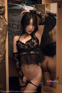 [秀人网XiuRen] N01286 年轻秀气骨感嫩模小九月室内创意蕾丝内衣写真 42P