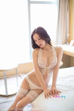 [秀人网XiuRen] N01414 时尚极品尤物周于希Sandy奢华纯白内衣性感艺术私房 50P