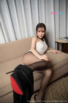 [秀人网XiuRen] N01461 优雅桃乳长发女郎周于希Sandy娇艳无内黑丝魔鬼身材极品OL美腿写真 65P
