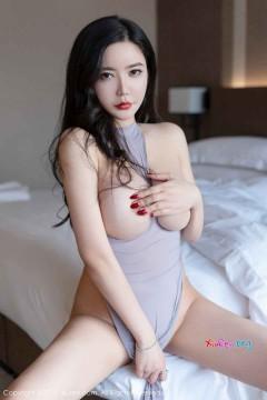 [秀人网XiuRen] N01443 浓眉红唇骚气夜店女技师心妍小公主霸气桃乳肉臀挑逗半裸人体私房 43P