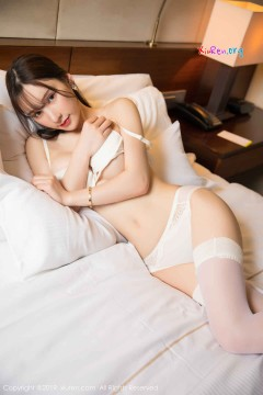 [秀人网XiuRen] N01485 高贵诱人靓妹周于希Sandy丝袜制服典雅酒店商务写真 65P