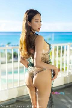 [秀人网XiuRen] N01526 窈窕匀称精致模特筱慧养眼半裸艺术写真 47P