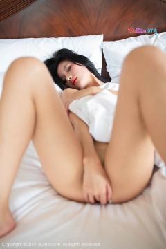 [秀人网XiuRen] N01597 红唇高挑女郎就是阿朱啊酒店诱惑全裸人体私房 40P