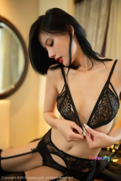 [秀人网XiuRen] N01640 粉穴高挑洋气宝贝就是阿朱啊性感妩媚黑色内衣冷酷美艳福利写真 84P