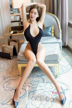 [秀人网XiuRen] N01816 火辣激情御姐土肥圆矮高叉连体制服风情室内惊艳写真 62P