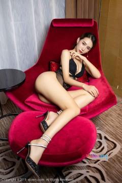 [秀人网XiuRen] N01800 可攻可守风韵御姐BABY_柒吸睛火辣身段黑色高雅内衣私房 42P