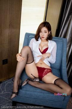 [秀人网XiuRen] N01841 抢眼高挑美腿模特陈小喵热辣垂涎红色蕾丝内裤优雅宾馆写真 61P