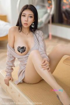 [秀人网XiuRen] N01872 大嘴肉臀女郎果儿Victoria激情真空肉丝露骨人体艺术私房 54P