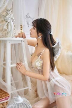 [秀人网XiuRen] N01867 高挑长腿车模Betty林子欣优雅清凉时髦内衣创意艺术个人写真 41P