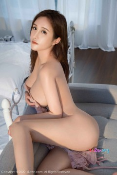 [秀人网XiuRen] N01994 劲爆肥硕轻熟女任莹樱风情性感蕾丝情趣内衣独家私密人体写真 40P