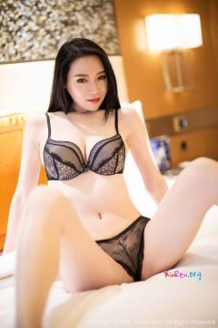 [秀人网XiuRen] N02007 长发红唇妖媚女模梦心月酒店激情内衣风情写真 78P