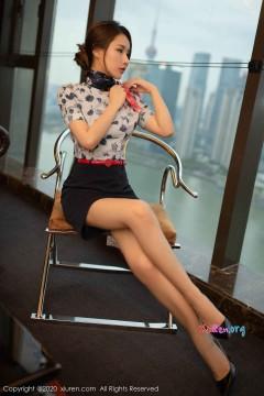 [秀人网XiuRen] N02117 圆润桃乳肉臀空姐徐安安吸睛喷血红内裤惹火抢眼室内写真 78P