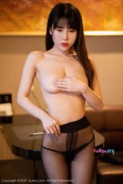[秀人网XiuRen] N02176 婀娜爆乳风情秘书悠悠酱yoyoyo半裸黑丝真空诱惑写真 49P