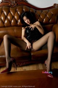 [秀人网XiuRen] N02247 迷人长腿妖姬Betty林子欣醉人黑丝风情艺术写真 75P