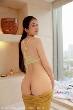 [秀人网XiuRen] N02214 素雅肉臀新人模特e宝小野猫浴室全裸美艳私拍 38P