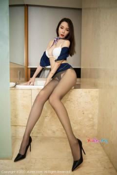 [秀人网XiuRen] N02234 魅力长腿御姐梦心月逆天魔鬼玉体勾魂丝袜风情写真 108P