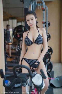 [秀人网XiuRen] N02264 风韵大嘴国模女郎果儿Victoria健身房惹火创意内衣商务写真 62P