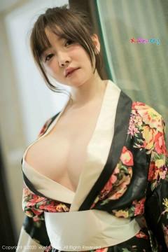 [秀人网XiuRen] N02581 极品豪放大胸邻家妹糯美子Mini浑圆白皙乳房惊艳个人艺术私房 43P